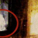 Bambina fantasma ripresa nel museo di Napoli - Foto