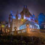 Fantasmi nel parco Disneyland ripresi in video