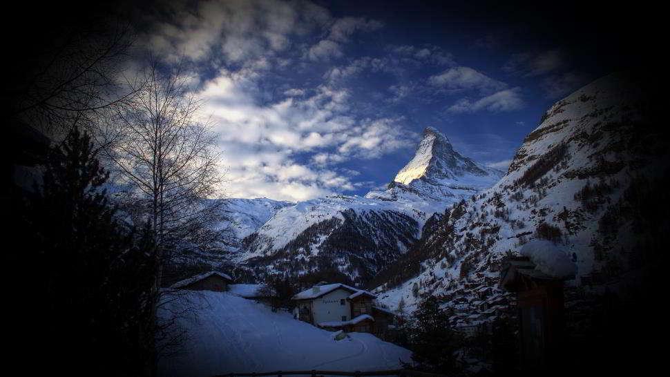 La vera storia sui fantasmi delle Alpi