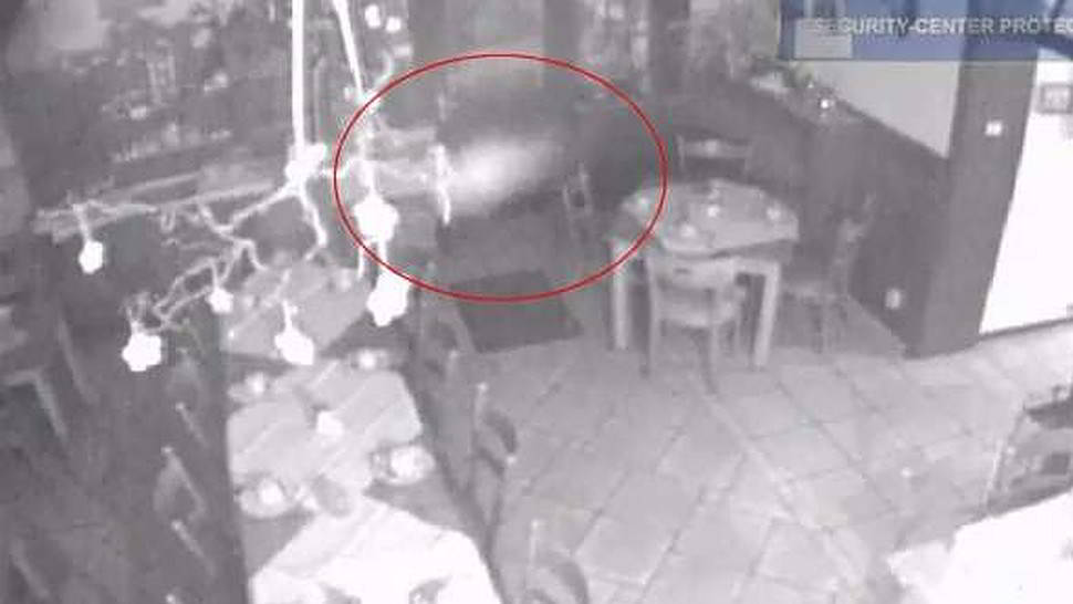 Fantasma ripreso in hotel a Dusseldorf - Video