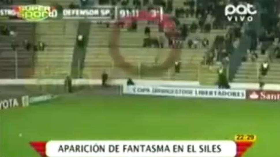 Video fantasma allo stadio spaventa la folla
