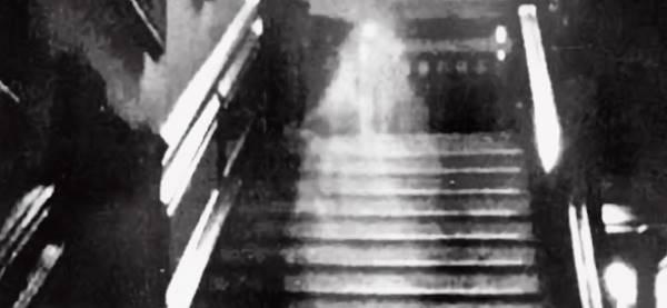 Brown Lady e i fantasmi di Raynham Hall1