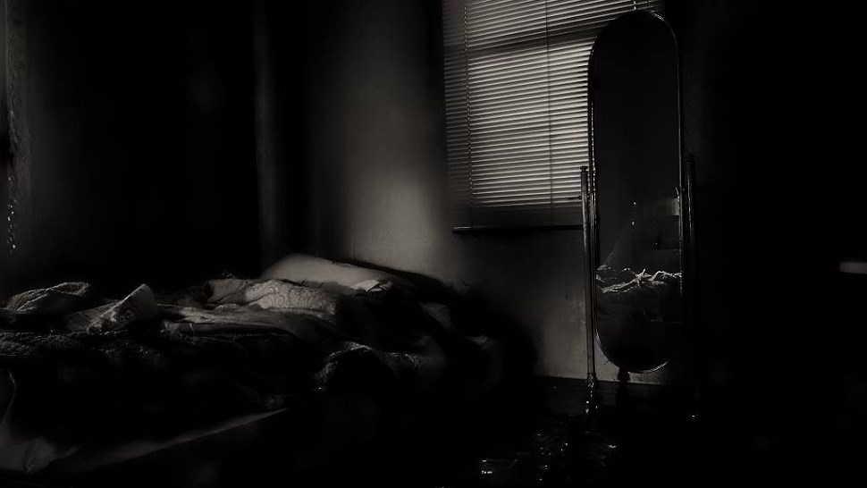 bloccato a letto dalla paura e da un fantasma