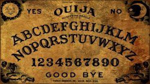 comunicare con gli spiriti salvato da una tavola ouija 2