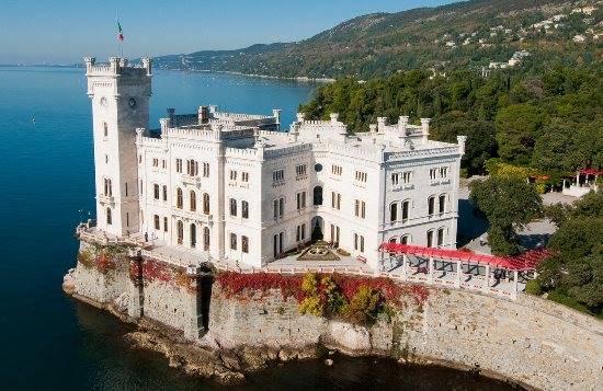 Misteri e fantasmi nel Castello di Miramare