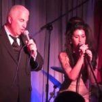 Lo spirito di Amy Winehouse torna a fa visita al padre