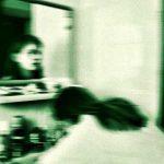 Perché appaiono i fantasmi allo specchio