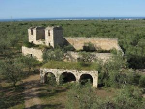 Torre di Navarino e i fantasmi dei tre impiccati 2
