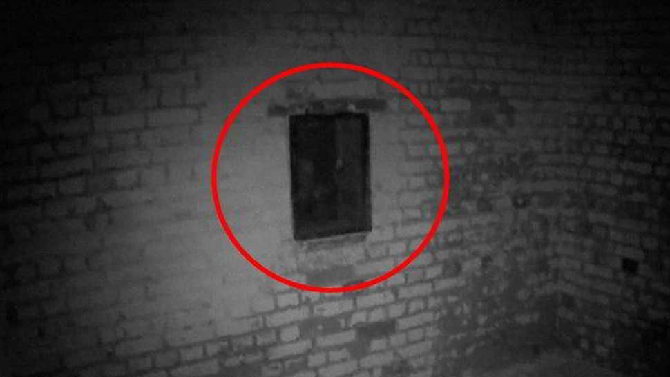 Filmato un fantasma nel castello di Enrico VIII - Video