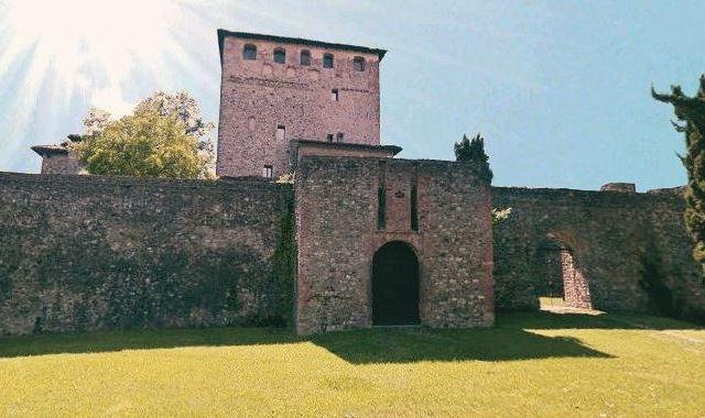castello malaspina dal verme ponte gobbo