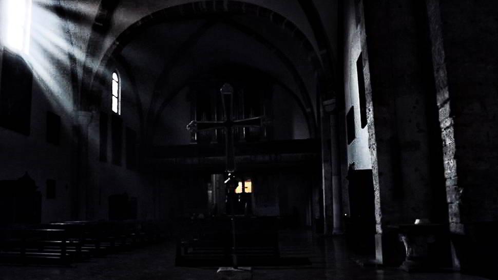 Fantasma Sulla Sedia A Dondolo.Milano Misteriosa E I Fantasmi Dimenticati