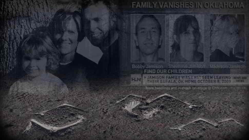 Perseguitato dai fantasmi scompare con tutta la famiglia