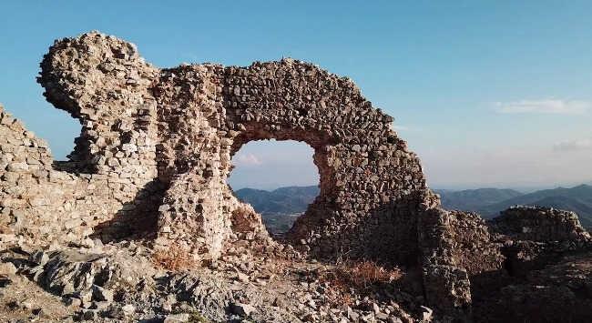 Il fantasma del castello di Quirra, Violante la sanguinaria 2