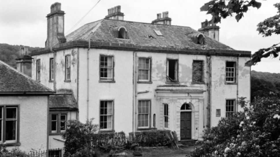 La casa dei cani fantasma. Ballechin House 1