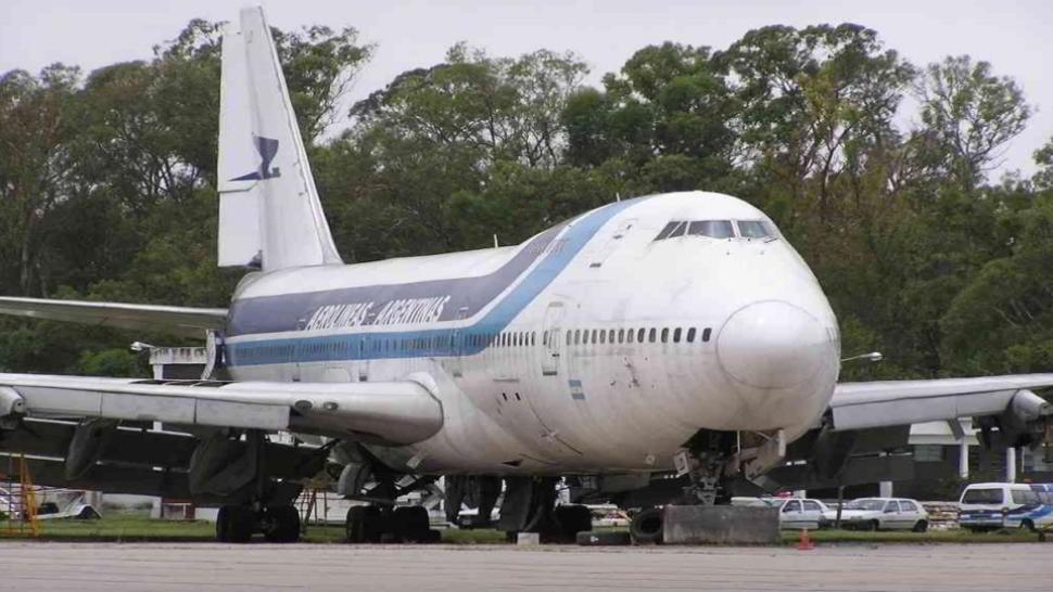 Storia di un aereo infestato e del fantasma di una hostess simpatica