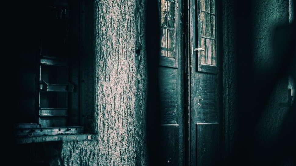 Fantasmi in casa, convivo con strane presenze. Ecco la mia storia
